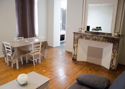 femmes-victimes-de-violences-conjugales-appartement-relais-vif-salon-relience-82-montauban