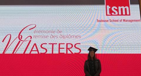 18/11/2017 : Céline Benkhaled, diplômée du Master II «Gestion des Entreprises sociales et de santé»