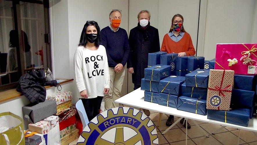 22/12/2020 Rotary Club Montauban Doyen : des cadeaux offerts à «Féminité sans abri»